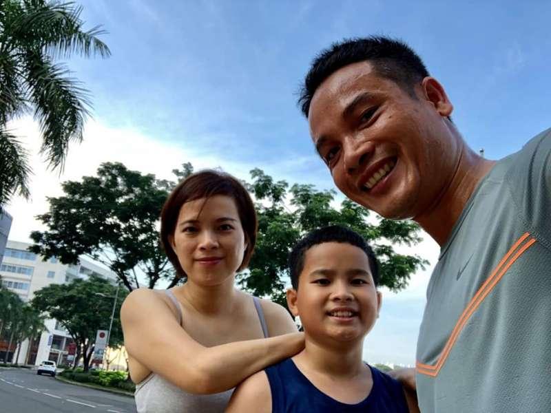 gia đình tham gia 66 ngày thử thách