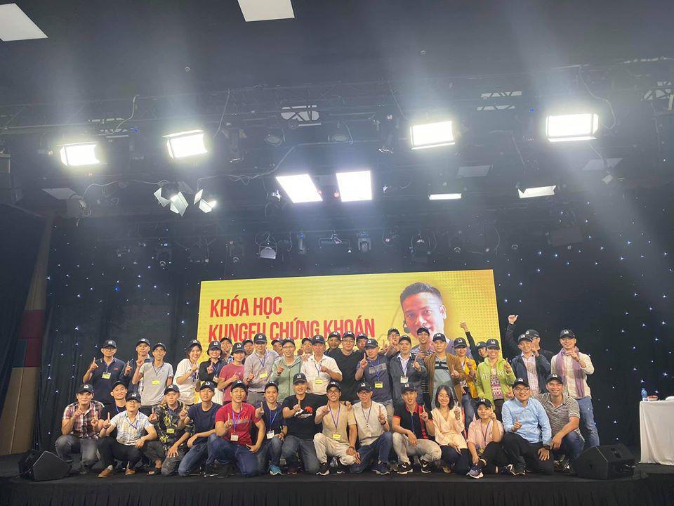 Kết thúc 1 ngày tuyệt vời của Kungfu chứng khoán 6 HCM.