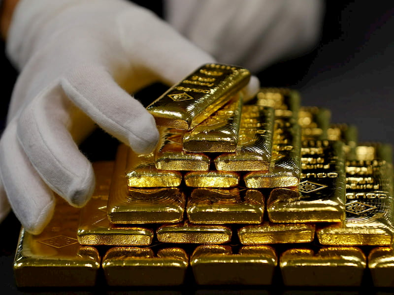 Hỡi thế gian, vàng là chi
